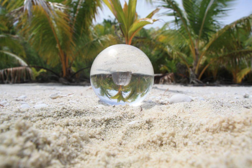 lensball - plamiers - aitutaki - Cook islands