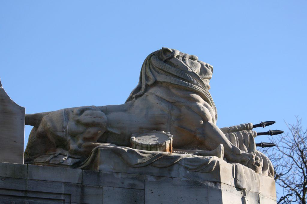 lion-pont-bridge-Christchurch
