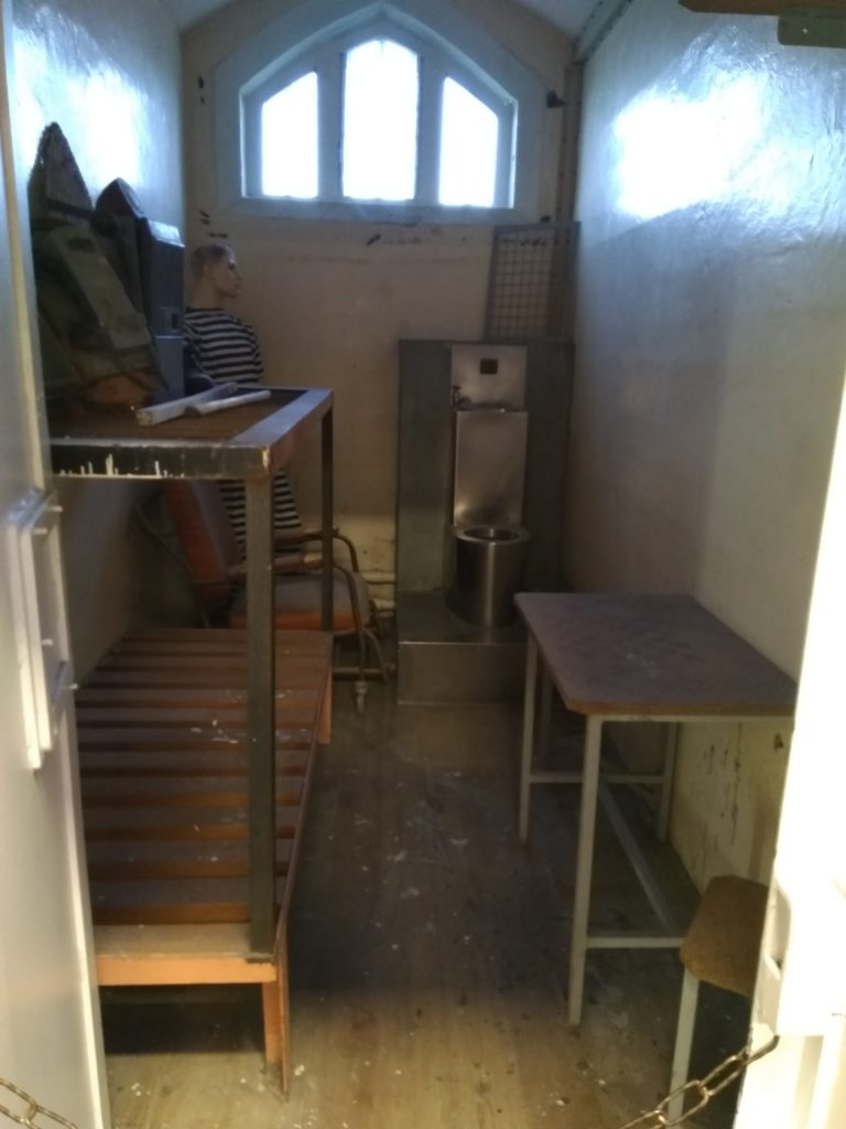 jailhouse-backpackers-prison-christchurch